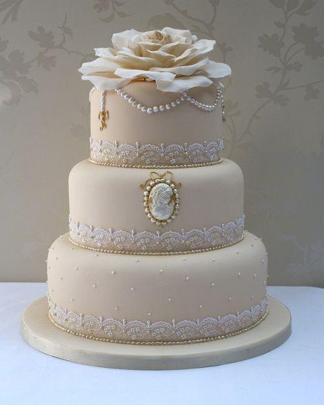 上品&クラシカル♡エレガントな結婚式のウェディングケーキまとめ一覧♡