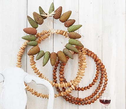 Nuts & Cones Natural Wreaths