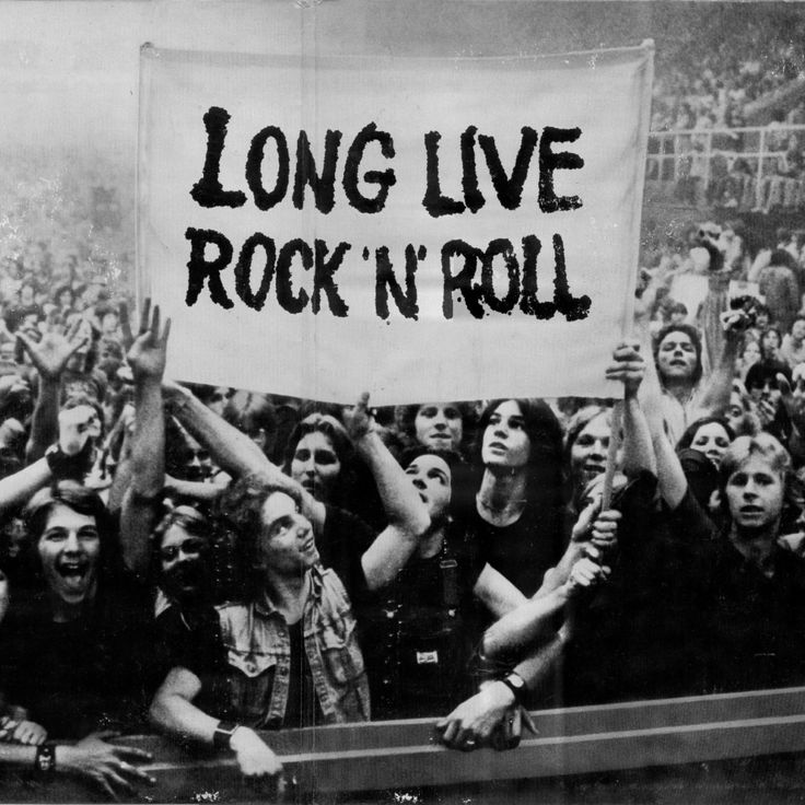 Long Live Rock 'n' Roll \m/  #music #rock #rockmusic #rocknroll #heavymetal #hardrock #rockandroll #rocknroll #concert #gig #event #rainbow #ronniejamesdio #ritchieblackmore #augsburg #munich #münchen #stuttgart
