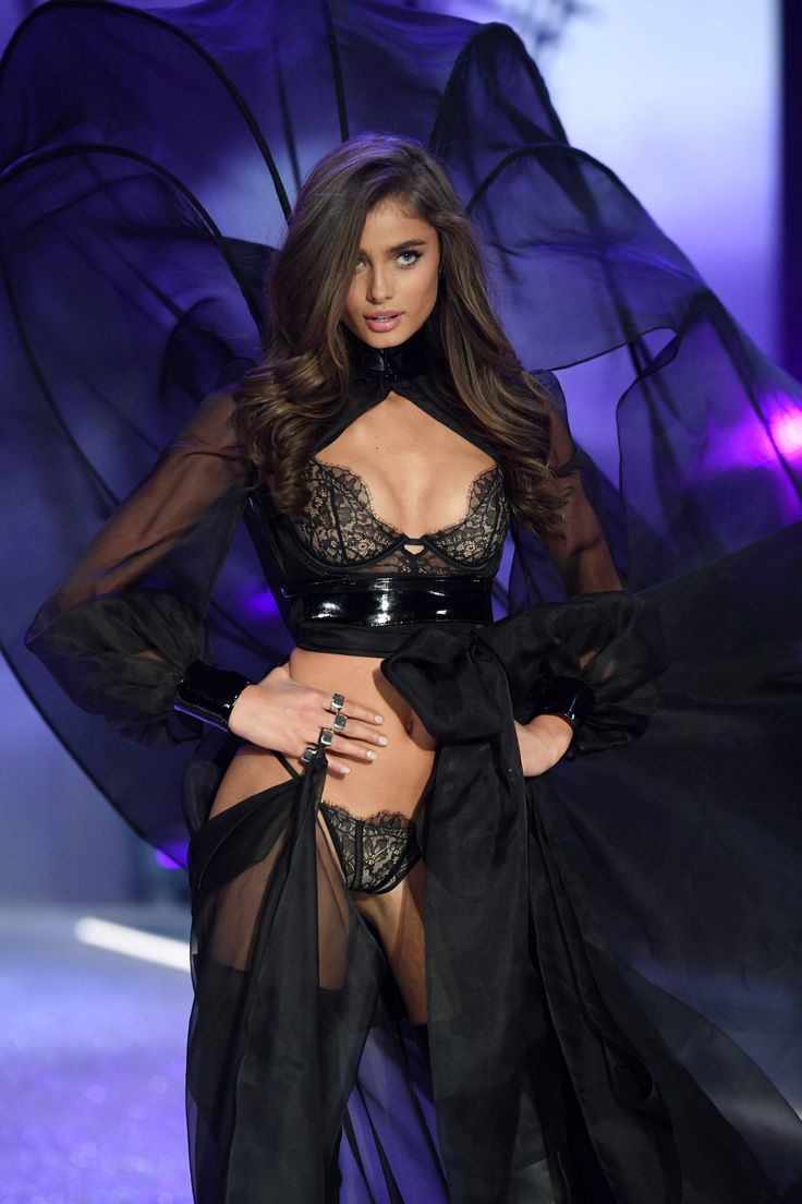 Taylor Hill at the Victoria's Secret Fashion Show 2016