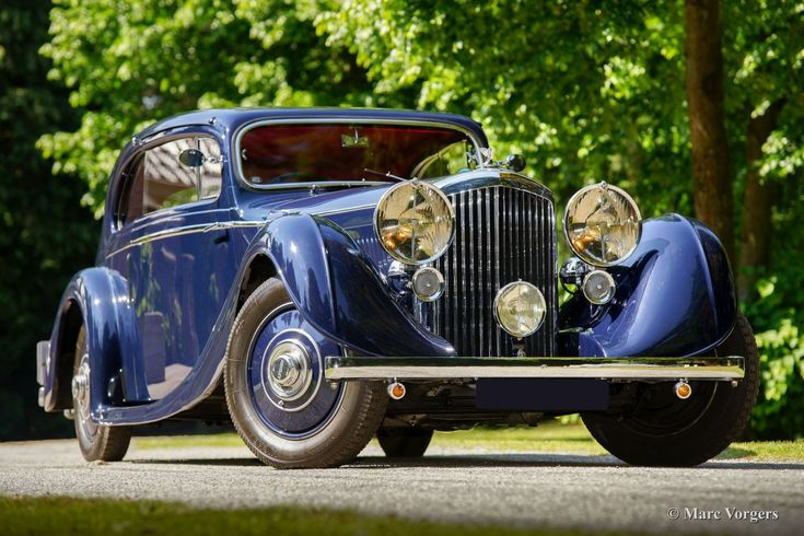 1936 Bentley 3.5 litre 'Pillarless Saloon Coupe' by Gurney Nutting