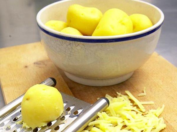 Kartoffelklöße halb & halb - so geht's - geriebene-kartoffel Rezept Schritt für Schritt