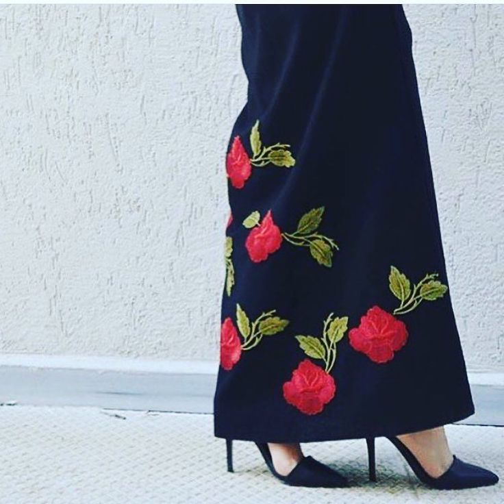Navy blue abaya EID collection . Flower Embrodery . Price : AED - 1200 USD - 350 EUR - 295 GBP - 225 SAR - 1225 KWD - 98
