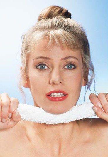 Ejercicios contra la papada - Gimnasia facial para una piel más tersa