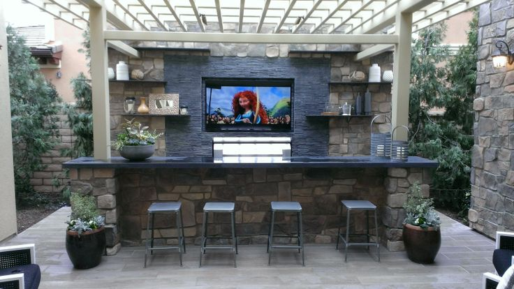Entertainment Wall And Bar W Bbq Outdoor Dining