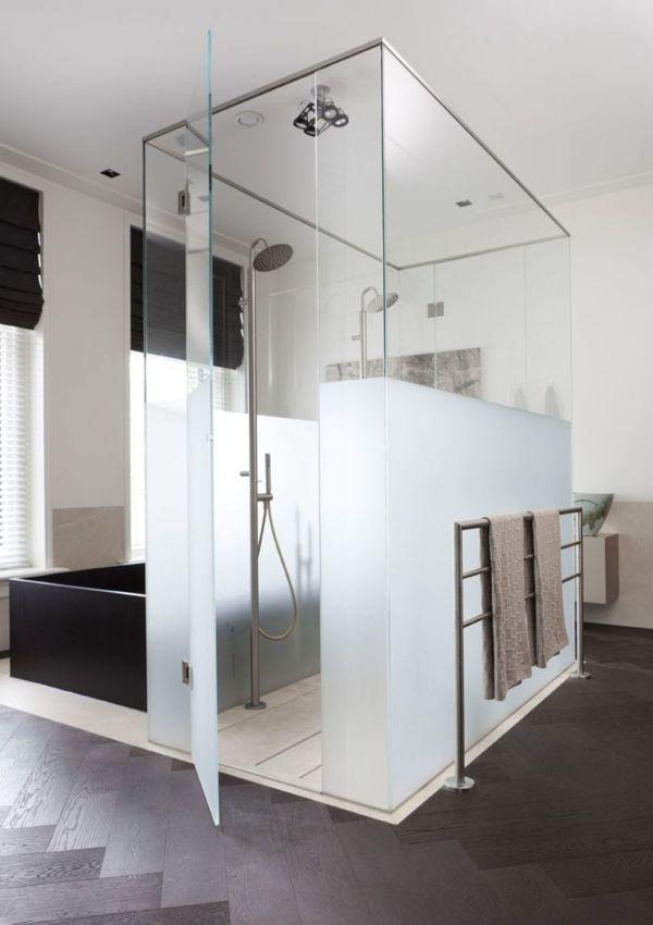 56 besten Bad Bilder auf Pinterest Fußböden, Glaswandregale und - badewanne eingemauert modern