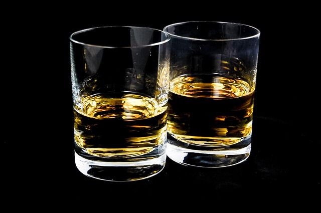 The 11 Health Benefits of Whisky - If you thought whisky was nothing more than an alcoholic drink, you were mistaken.