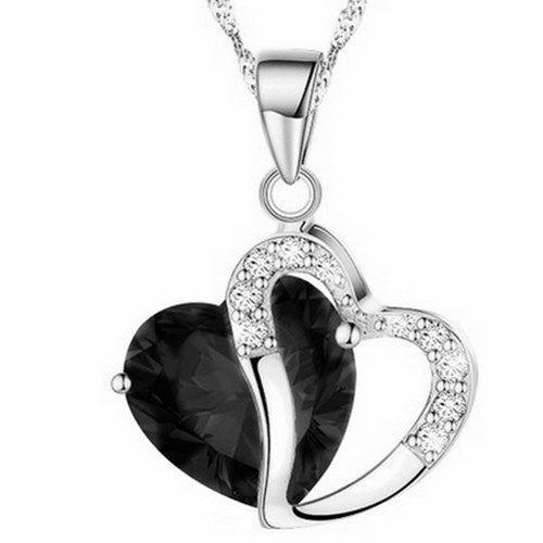 Sydänkaulakoru kahdella sydämellä – Musta  Korun tilaus- ja hintatiedot löytyvät osoitteesta: http://www.samaskoru.fi/tuote/sydankaulakoru-kahdella-sydamella-musta/  #korut #kaulakoru #jewelry #necklace #fashion  www.samaskoru.fi