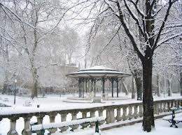 Grenoble sous la neige, Place Jardin de Ville