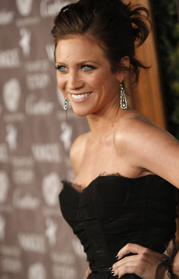 Porm celebrity hairstyles - Brittany Snow