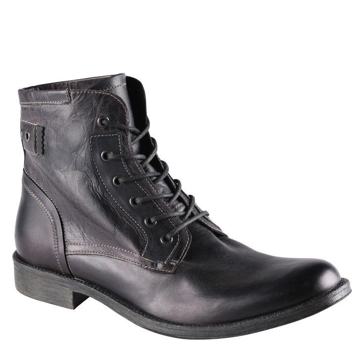 Aldo Pennie Boot Black! Aldo Shoes siempre da ese toque elegante y de líneas finas al tosco look tradicional de los bototos. Este modelo es un buen ejemplo y por lo mismo los calzo constantemente.