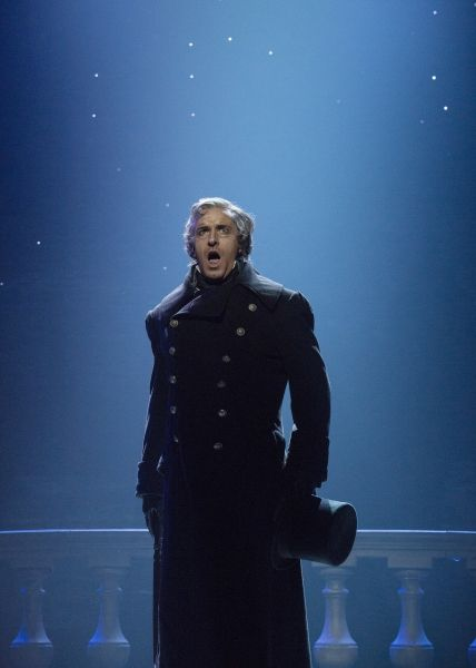 Earl Carpenter as Inspector Javert in Toronto. Photo Flash: LES MISERABLES Raises the Barricade in Toronto; First Look at Ramin Karimloo, Earl Carpenter & More on Stage!