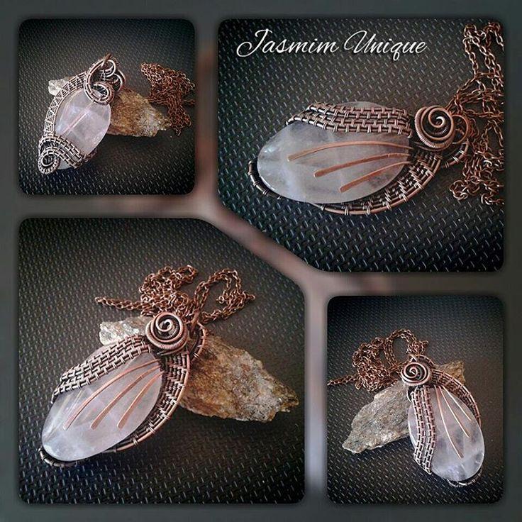 #pendants #rosenkvarts #semipreciousstones #nakit #unikat #uniquejewelry #privesci #handmadejewelry #jewelrydesign #jewelry #wirewrapjewelry #copperjewelry #rose #rosekvarts #nakitsrbija #poludrago_kamenje #unikatninakit #jewelryart #jewelryartist
