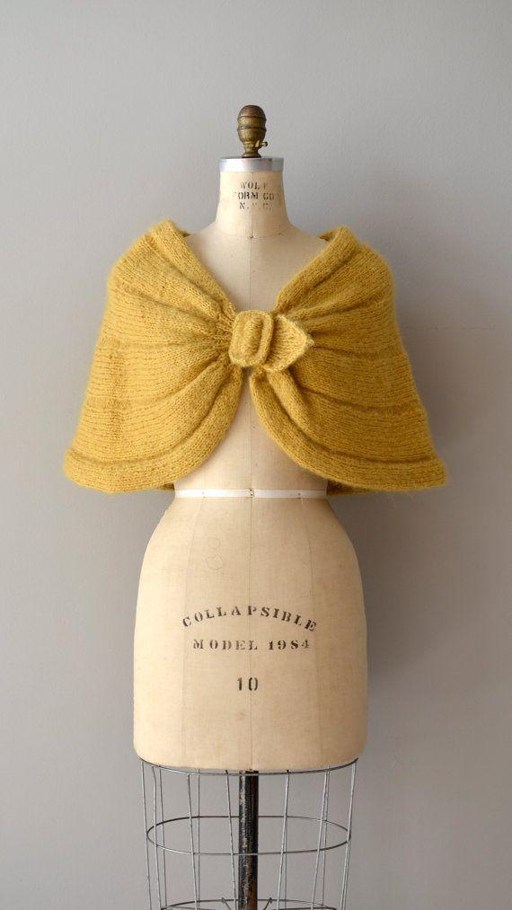 1950s wrap / knit capelet
