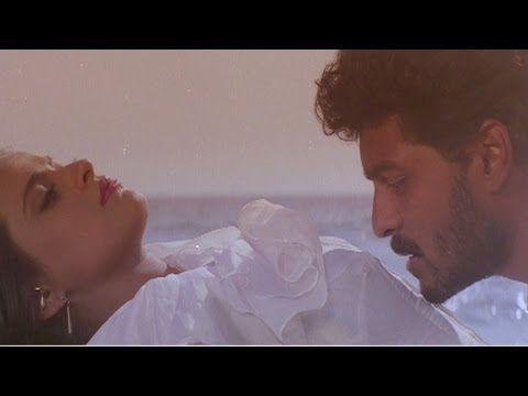 Aake Teri Bahon Mein - Lata Mangeshkar, S.P Balasubramaniam, Vansh Romantic Song - YouTube