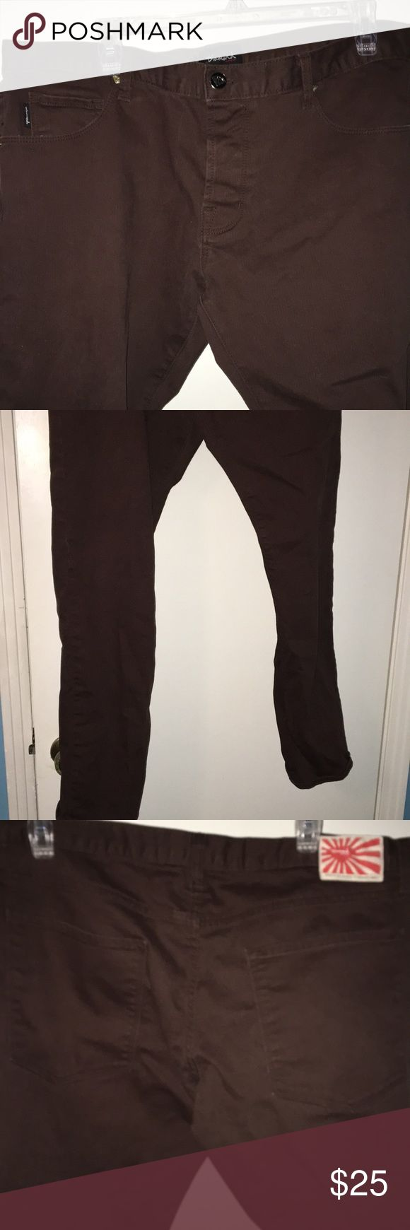 Diamond Supply Company Jeans Men's brown Diamond Supply Co Jeans size 38 inch waist. There is a spot on one of the legs see pictures. The length is 39 inches. The midrise is 9 1/2 inches and the inseam is 30 inches. Diamond Supply Co. Jeans Straight