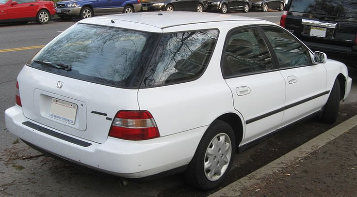 Honda Accord wagon -- 04-10-2011 - Honda Accord - Wikipedia