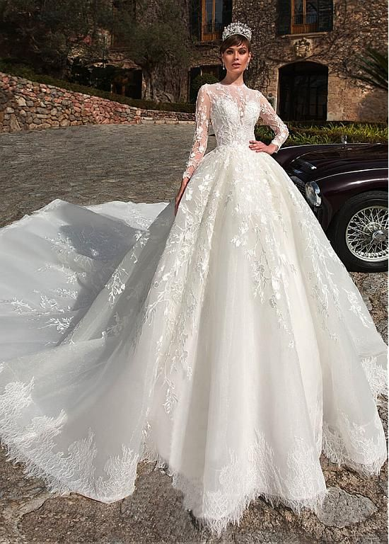 Fantastic Tulle High Collar Ball Gown Wedding Dresses With Beadings & Lace Appli…