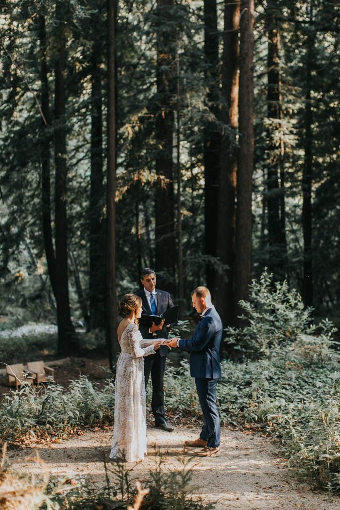 Romantic elopement in the woods | Image by Jes Workman