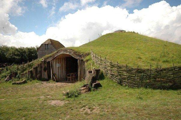 Earth hut