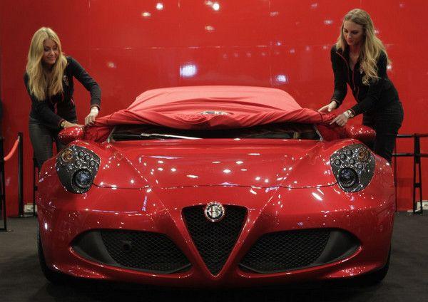 Targi Genewa 2014   Alfa Romeo 4C Targa