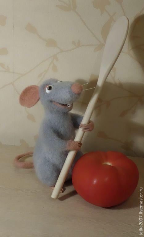 Купить Валяная игрушка из шерсти меринос Поваренок Рени - серый цвет, крысы, грызун, кухня