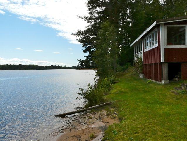 Sjönära stuga vid Fryken (Stuga uthyres i Sunne, Värmland)