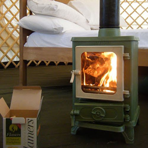 SMALL STOVE REVIEW: Salamander – The Hobbit | Tiny Wood Stove