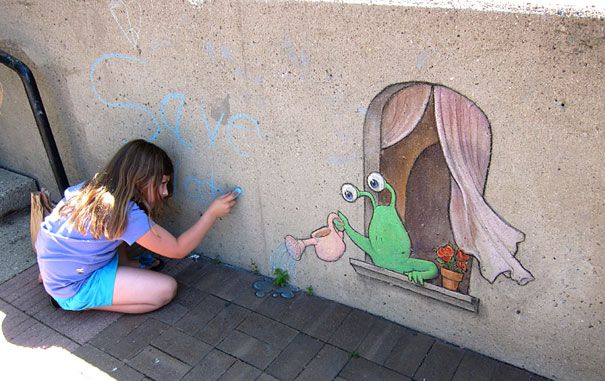 Chalk-drawn Adventures of Sluggo by David Zinn | Bored Panda