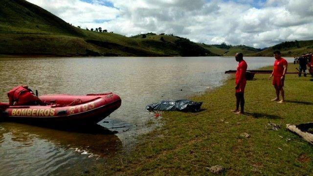 #News  Bombeiros encontram corpo de jovem que desapareceu em represa em Santos Dumont, MG