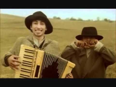 Zlatan Ibrahimovic feat. Robinho - Ko to tamo peva (Who's singing over there)