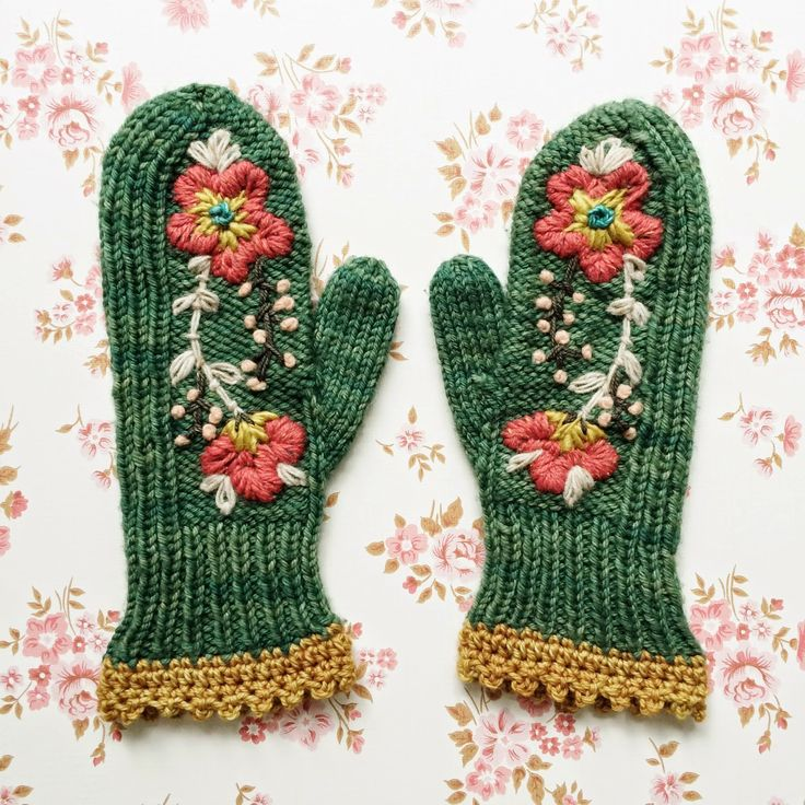 dottie angel: smitten with my mittens … Link to original free knitted mitten pattern is included, plus description on how she embroidered the design.
