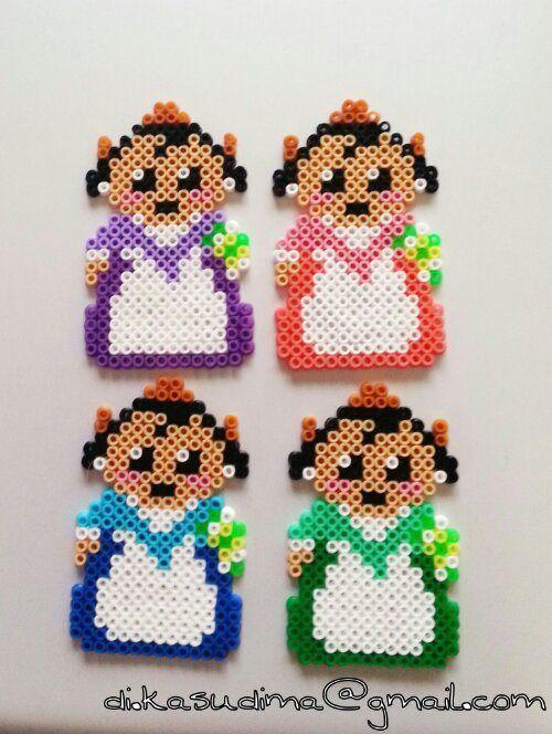 sandylandya.Falleras valencianas hama beads by Kasudima