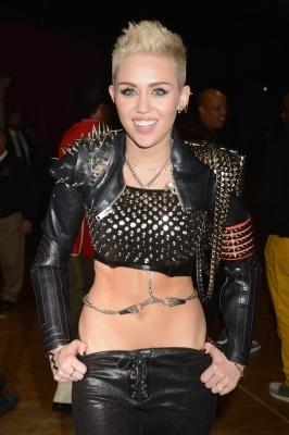Miley Cyrus rocks out at 'VH1 Divas' 2012 at The #Shrine Auditorium in LA on 12/16/12  http://celebhotspots.com/hotspot/?hotspotid=5230&next=1
