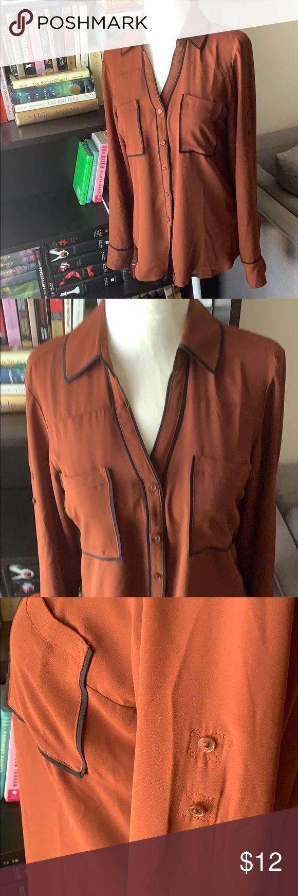 NWOT Express Portofino shirt – slim fit Express Portofino shirt – slim fit. Rust… – Adette Fitness Für Frauen