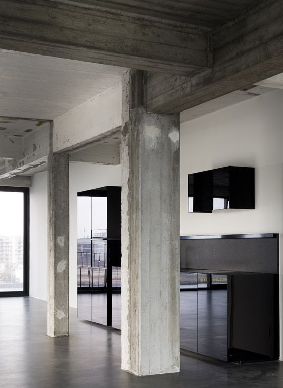 44 best images about concrete on pinterest concrete walls exposed aggregate and industrial for Exposed concrete walls interior