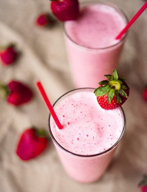 They can be made in many different ways, and there are tons of protein shake recipes, but today I picked these six, because I've tried them and believe me, they taste marvelous! So come on, let's shake it!