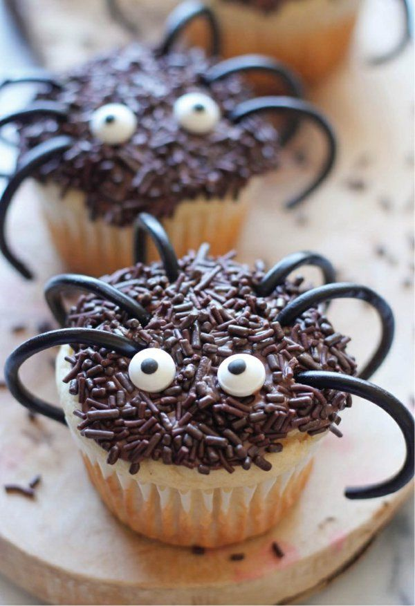 Halloween Party Rezepte - Grusel-Muffins backen