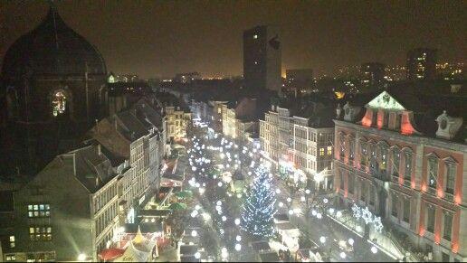 Vistas del mercado navideño de la plaza Lambert desde la noria #Xmasmarkets
