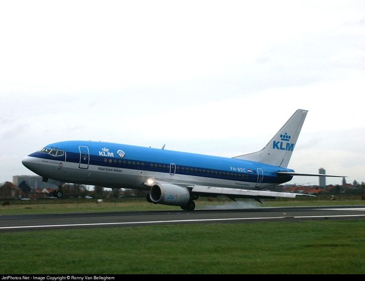 Boeing 737-306, KLM Royal Dutch Airlines, PH-BDC, cn 23539/1295, 127 passengers, first flight 10.10.1986, KLM delivered 29.10.1986. Scrapped, 10.12.2009. Foto: Ostend, Belgium, 25.10.2002.