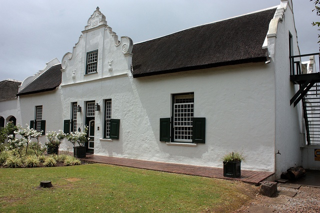 Cape Dutch house, Paarl, South Africa by Kleinz1, via Flickr