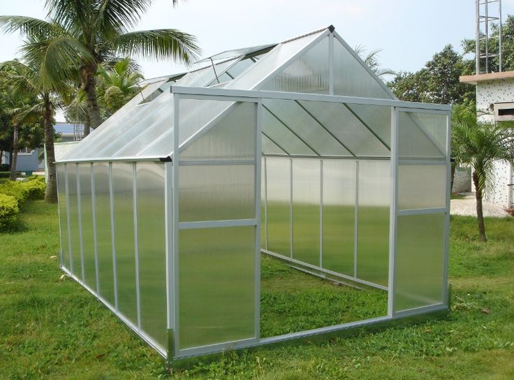 Greenhouses Reviews on all types of greenhouse, lean to and wooden greenhouses for sale at greenhouses-reviews.com.