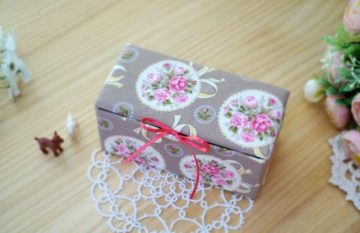 DIY Upcycled Milk Carton Storage Box Tutorial in Pictures.  Шкатулка для хранения из молочной упаковки. МК.