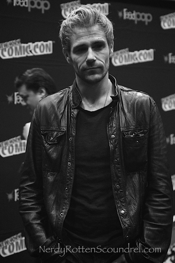 CONSTANTINE star Matt Ryan in the WBTV Press Room at New York Comic Con.