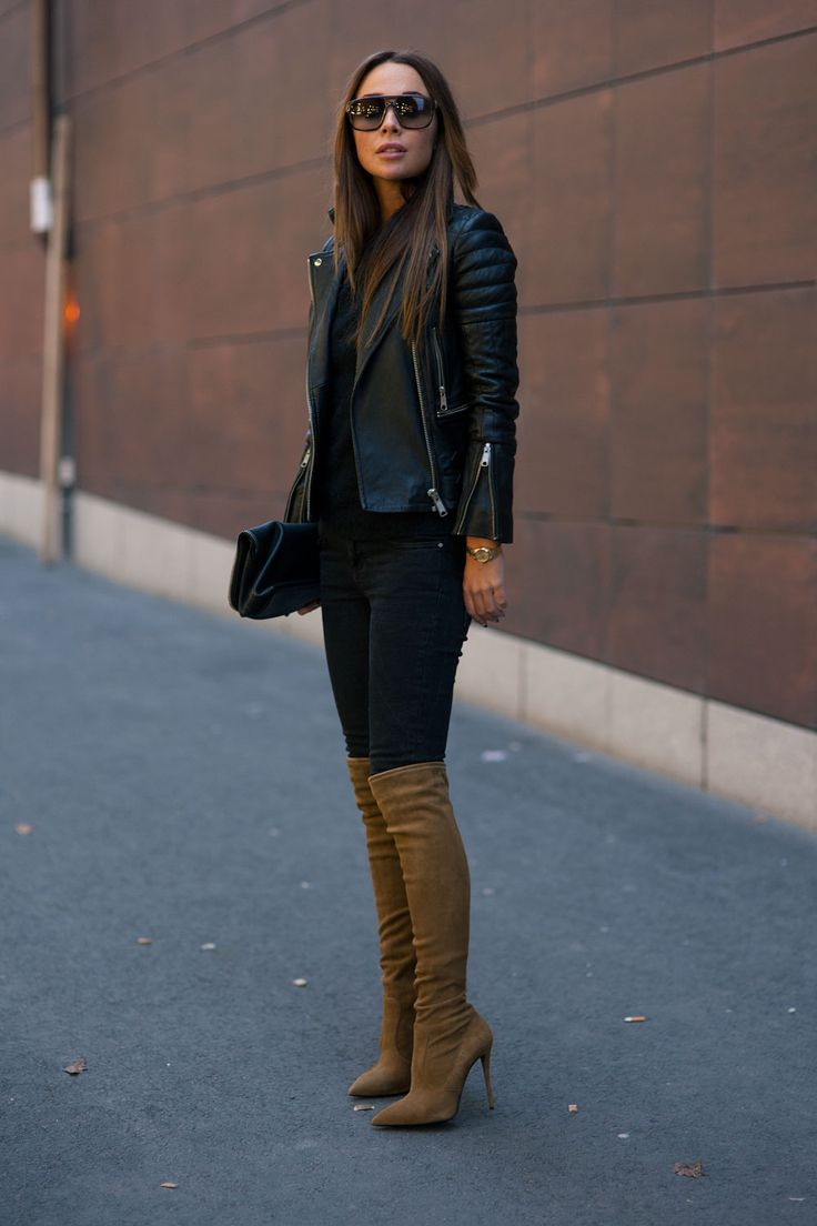 Schwarze hose und braune stiefel