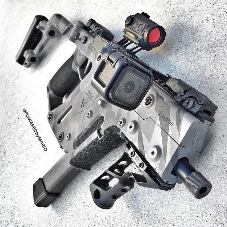 From @poweredbymario ・・・ @krissarms Gen II Vector in 9mm