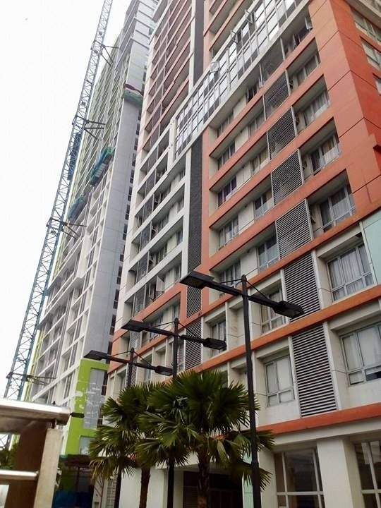 RENT TO OWN UNITS SUNSHINE 100 TOWER 2 CONDO  Studio Type Floor Area: 19 sqm  Turnover Date: 1st Qtr. 2018  SAMPLE COMPUTATION: Total Cost Price (TCP): P1791,557.53 10% Down payment: P 179,155.75 Less: Reservation Fee: P 20,000 D/P Less: Reservation Fee : P 159,155.75  D/P Payable @ 18 mos.: P 8,841.99/mo  90% Balance (Bank Financing & PAG IBIG Financing @ Estimated Rates: 5 years to pay : P 31,737.65 10 years to pay : P 18,721.35 15 years to pay: P 14,492.72  *All Prices quoted herein are…