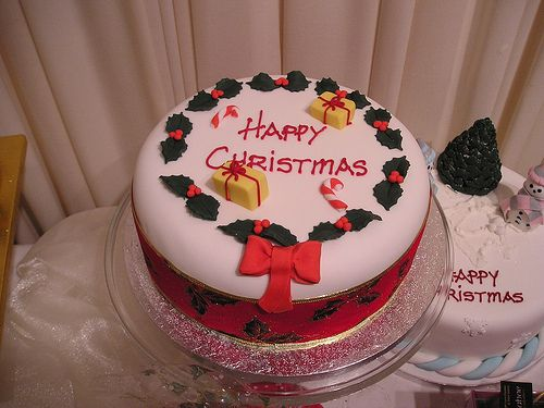 Christmas cakes from Cannaboe. www.cacamilis.ie 0719644778