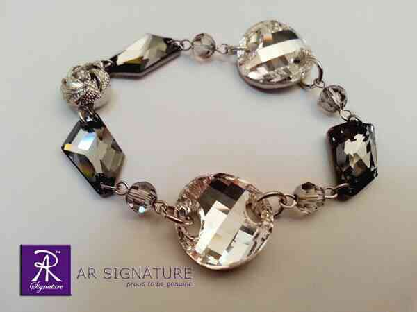 After Midnight Bracelet - original designed & hand made by AR SIGNATURE using Genuine SWAROVSKI ELEMENTS  Hope you like it :) www.ARSIGNATURE.com FB Page : AR Signature