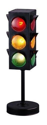 Traffic Light Kids Accent Lamp - OMG, I need to find this lamp!